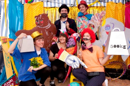 Saturday Fiesta Animaux Circus photo booth